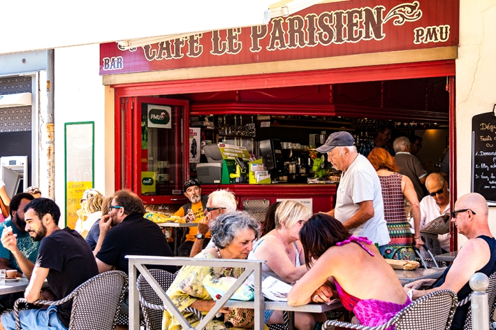 Cafe Le Parisienne - Base Image